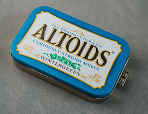 MintyBoost 3.0 in Altoids Wintergreen Mints tin