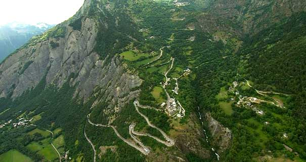 the road to Alpe d'Huez