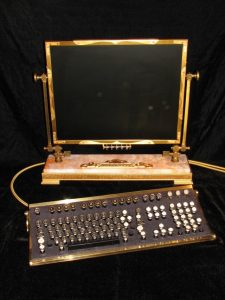 Jake von Slatt's Steampunk Monitor and Keyboard